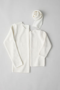 """friendly knit"" camphor sweater mother white"